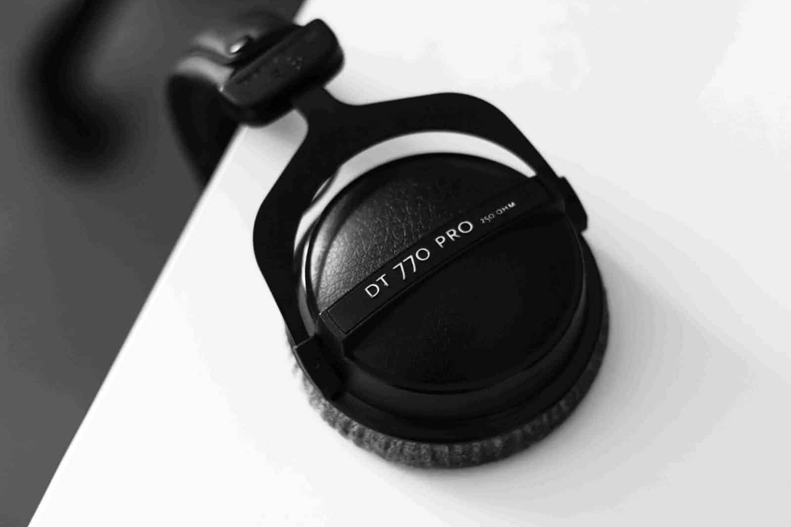 Best Studio Headphones 2017 – Buyer's Guide
